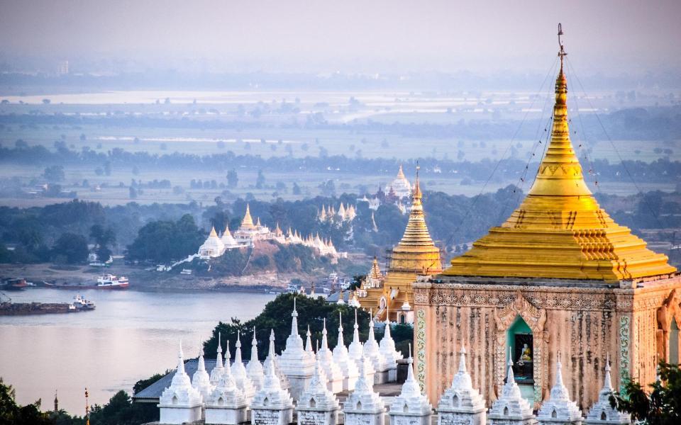 Rencontres et artisanat au pays des mille pagodes